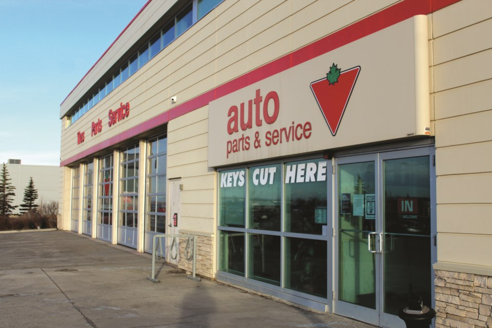 The Canadian Tire auto parts and service centre in Airdrie is offering first responders and health-care workers a 10 per cent discount on all vehicular maintenance.