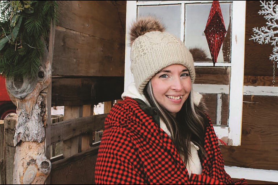 Deputy Mayor Tina Petrow has put a call out to the Airdrie residents to spread some cheer from their balconies this Christmas Eve at 6 p.m.