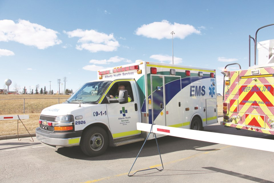 EMS_ambulance2_WEB
