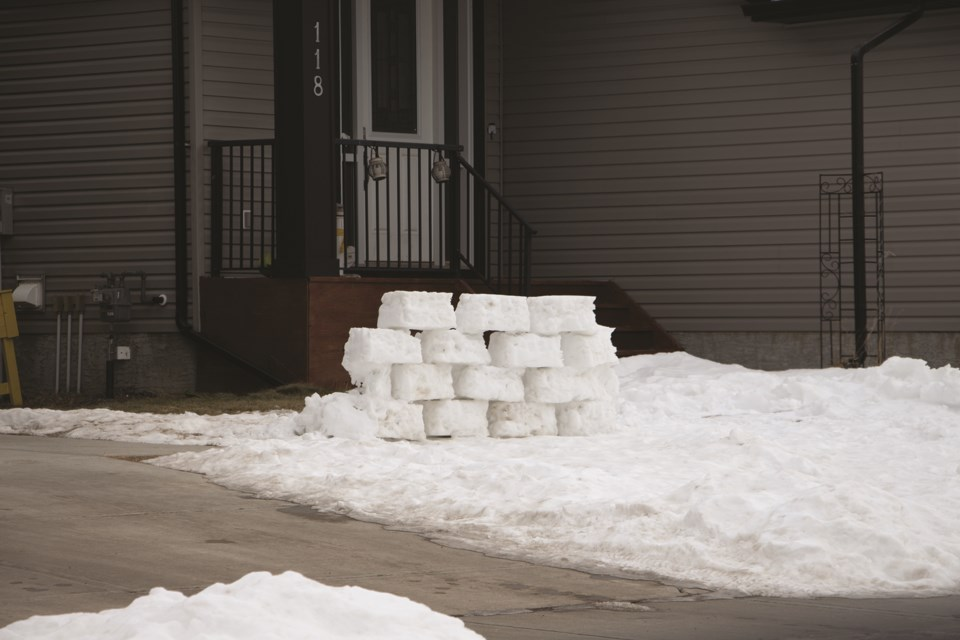 A household on Bayview Street SW showcases an unconventional snow structure on Jan. 10.