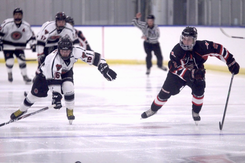 The Airdrie Techmation Thunder opened their 2021-22 season with a weekend split, losing to the Red Deer Vipers at home before beating the Ponoka Stampeders on the road.