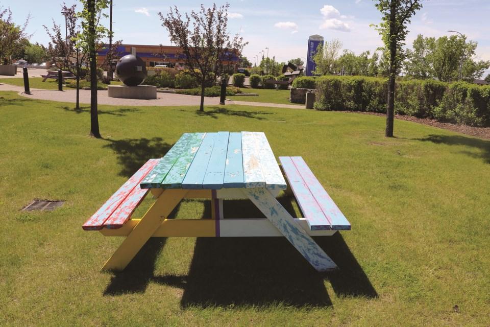 standalone-picnictable