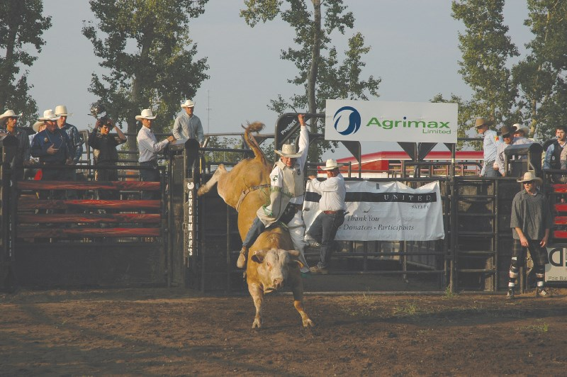 Beau Brooks from Nanton dances toe-to-toe with In The Zone and takes home first prize for his performance at the Irricana Bullnanza
