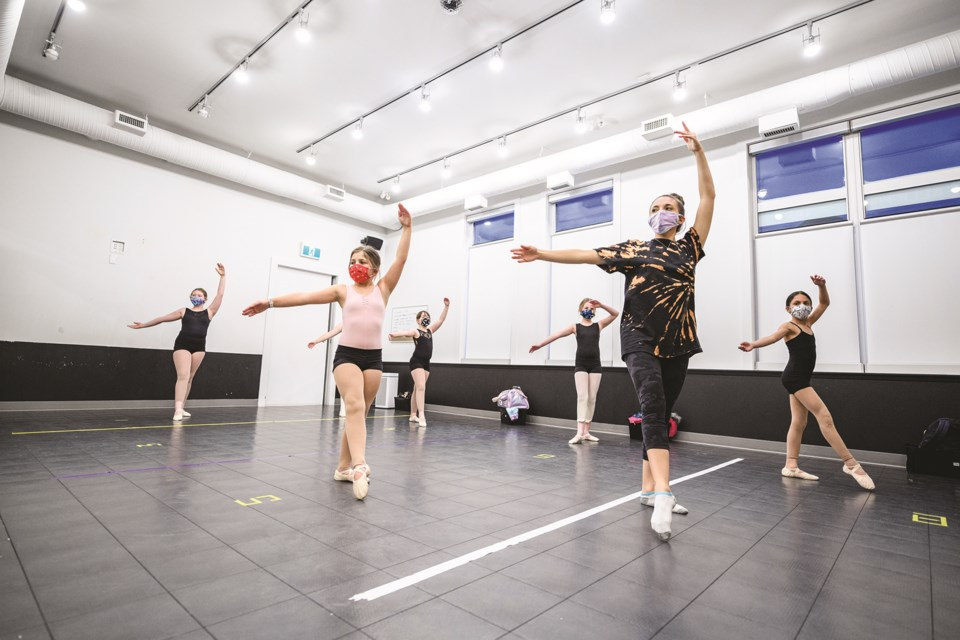 LN-Performing arts web1