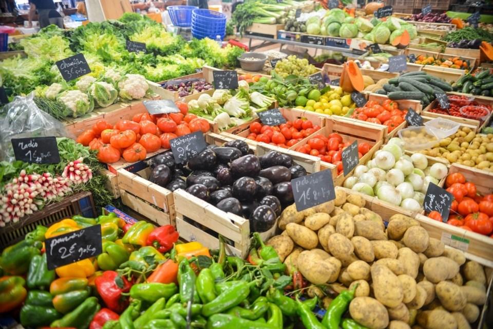 farm-fruit-food-vendor-produce-vegetable-759704-pxhere.com