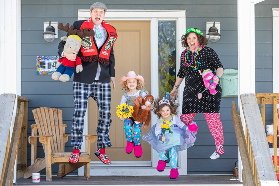 porchtraitsfamily