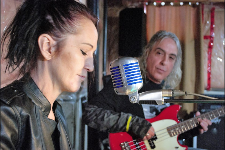 Donna Widdifield and Piero Minelli perform their band's song Elevator Ride. Jessica Owen/BarrieToday