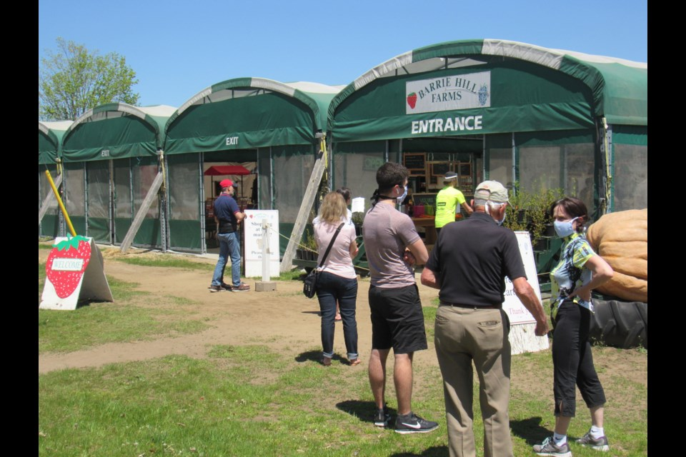 The warm weather brought many produce shoppers to Barrie Hill Farms on Saturday, May 23, 2020. Shawn Gibson/BarrieToday