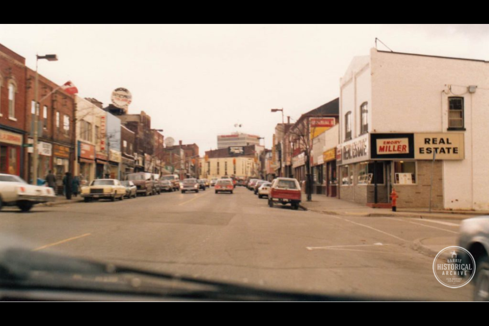 Looking east along Dunlop Street West from Mary Street, around 1985. Photo courtesy of the Barrie Historical Archive
