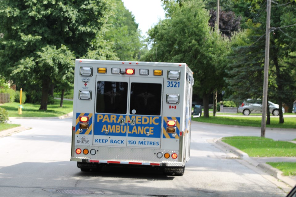 2018-08-24 Simcoe County ambulance RB