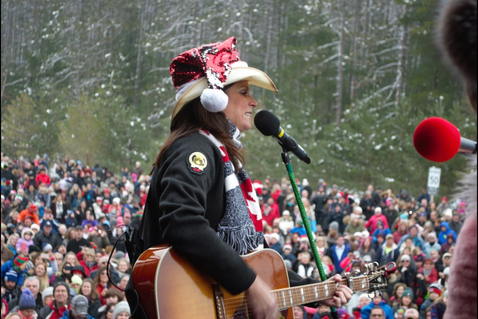 Country superstar Terri Clark played for a large audience at the CP Holiday Train stop in Midhurst Friday. Jessica Owen/BarrieToday