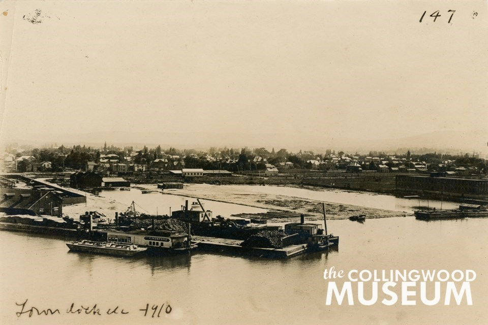 Collingwood Town Dock circa 1910. Photo courtesy of the Collingwood Museum