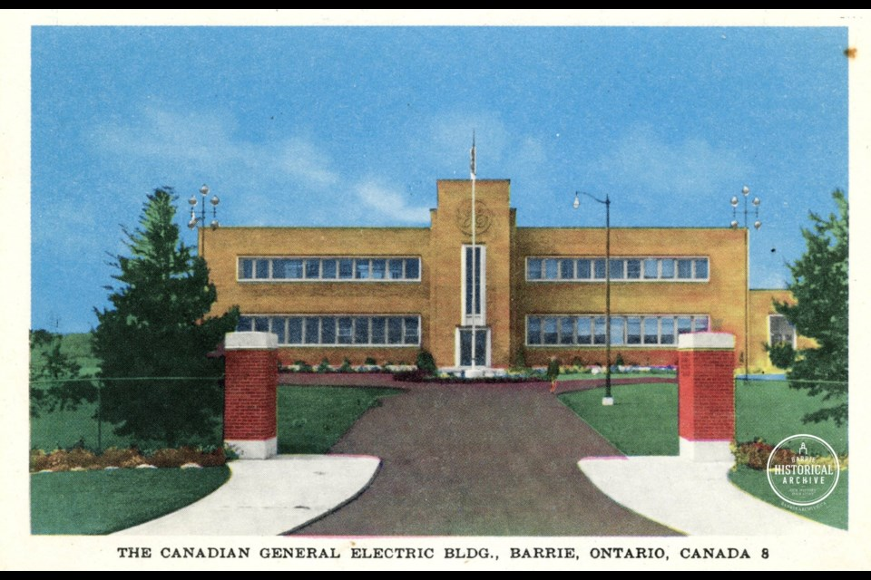 The General Electric building on Bradford Street in Barrie shown in an undated postcard. Courtesy of the Barrie Historical Archive