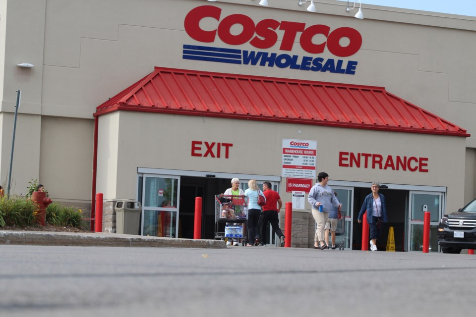 2018-09-21 Costco Barrie 2 RB
