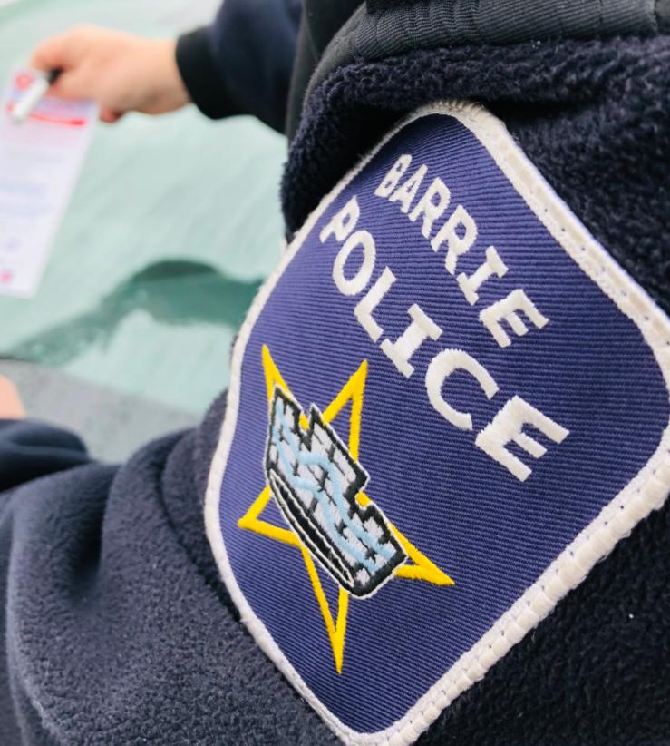2020-12-04 Barrie police shoulder patch