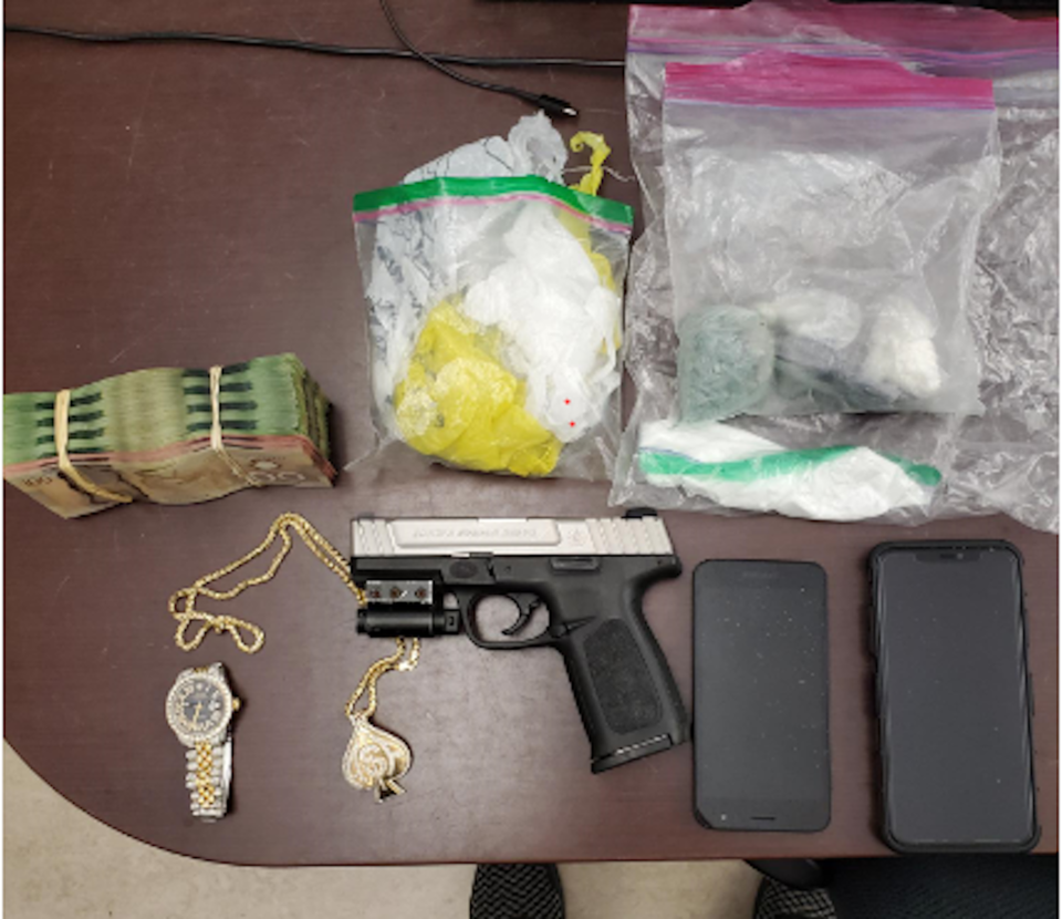 2021-09-24 - items seized STREET CRIME pic