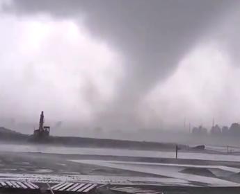barrie tornado funnel cloud screen capture
