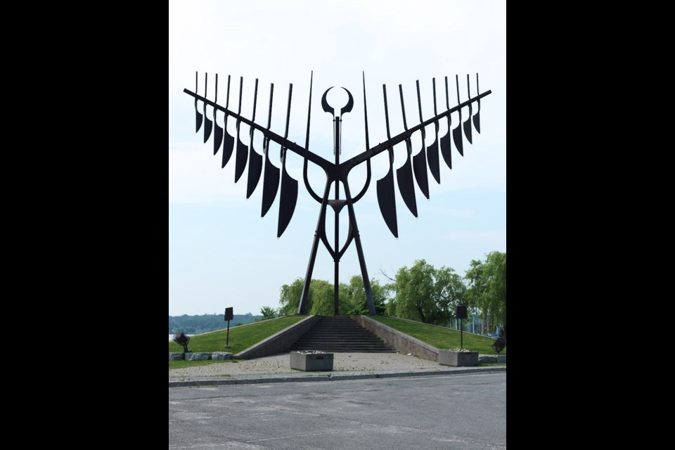 "Ron Baird, ""Spirit Catcher"", 1986, Corten steel, 21.3 m high. Collection of the MacLaren Art Centre. Gift of the Helen McCrea Peacock Foundation, 1987. Photo: Joseph Hartman, 2013"