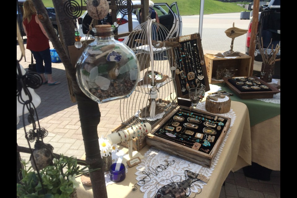 Artisans bring different vibe to North Bay Farmers' Market Photo: Linda Holmes