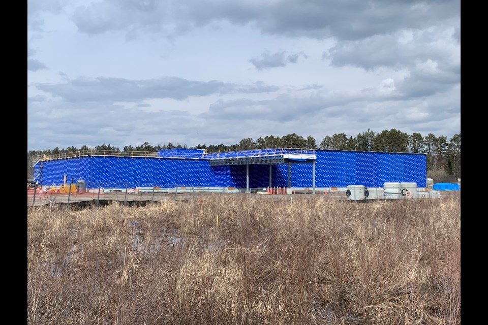 Construction of the casino on Pinewood Park Drive is delayed. (Jeff Turl/BayToday)