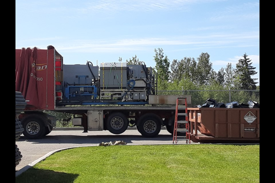 Moving equipment from North Bay  Epiroc to Montreal has started.