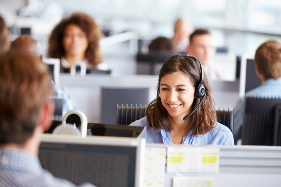 jobs call centre AdobeStock_90416634 2017