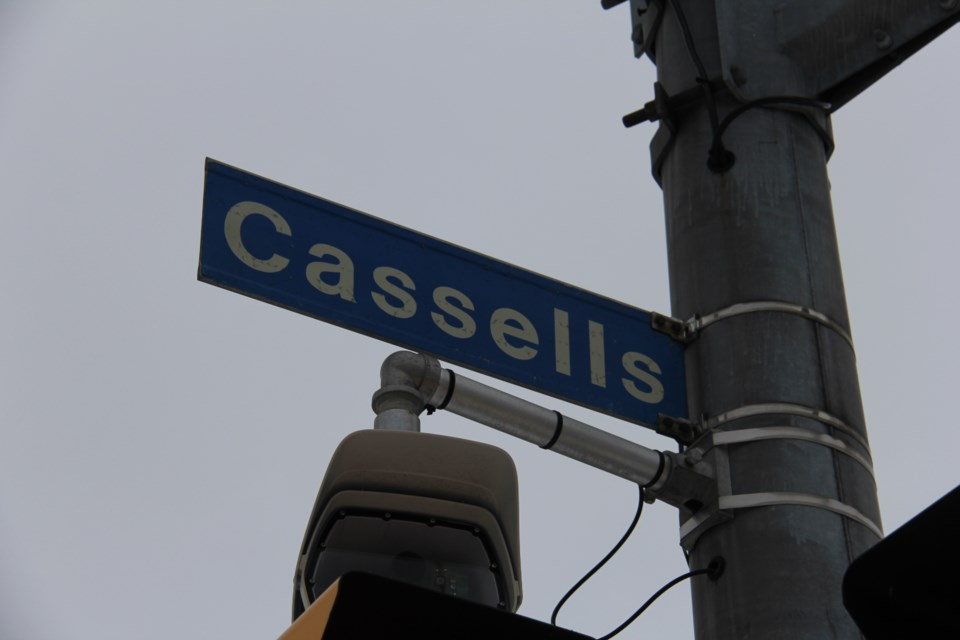 20180416 cassells st sign turl