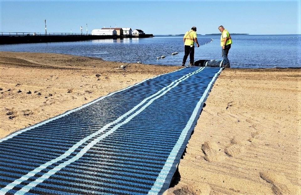20190801 beach mat