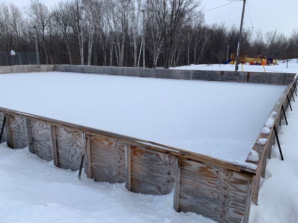 20200219 outdoor rink