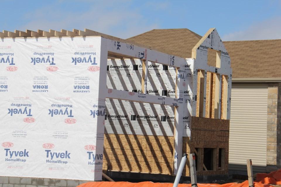 20210909 housing construction wood turl