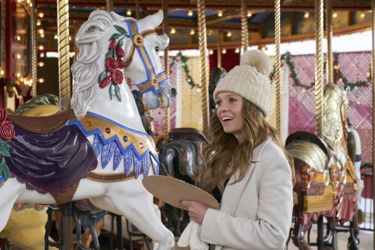 2020 a christmas carousel