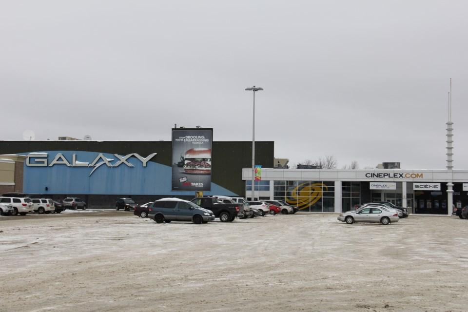 north bay mall galaxy theatre cineplex winter turl