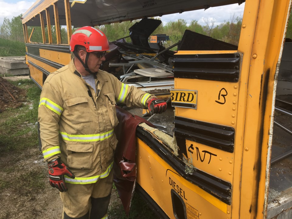 20190607 methner school bus t