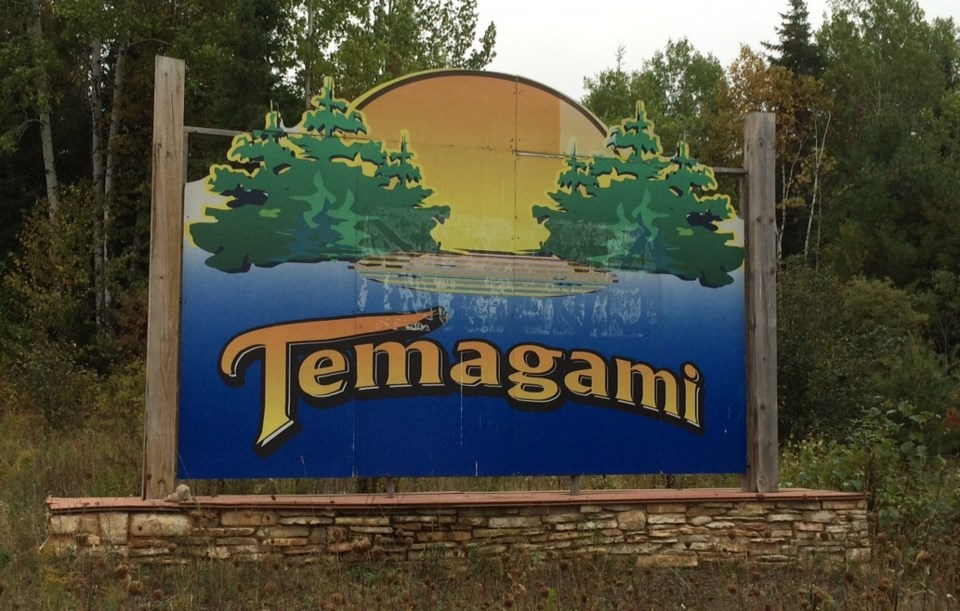 temagami entrance sign turl 2015 12 4
