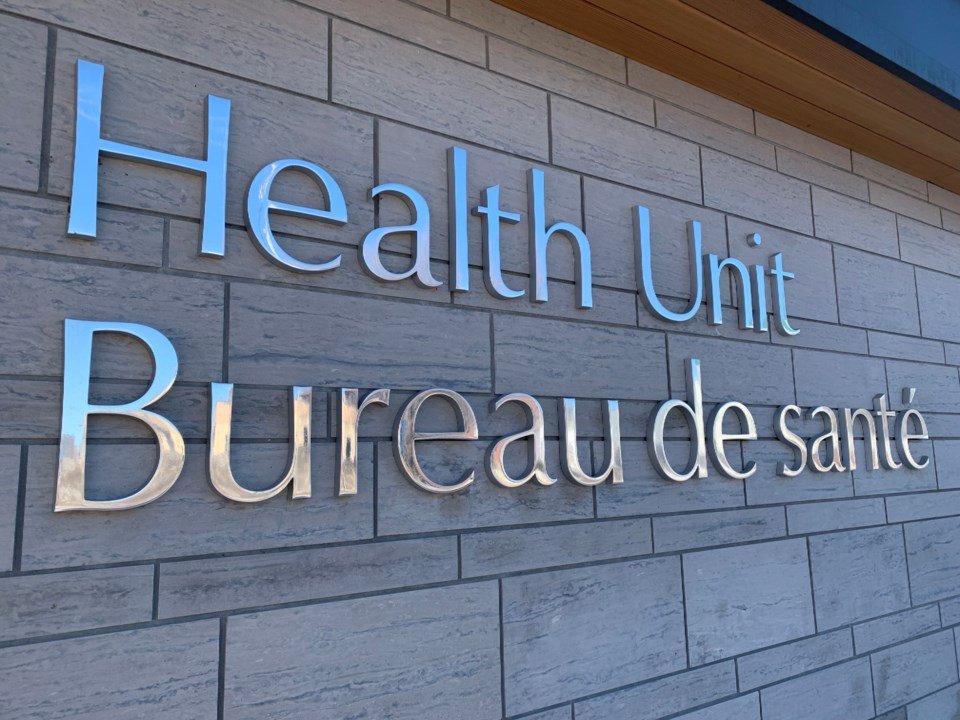 20201010 north bay parry sound health unit sign turl stock