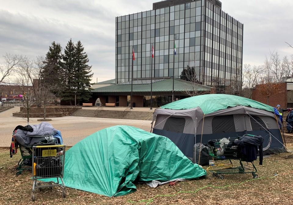 20201119 homeless camp city hall 1 turl