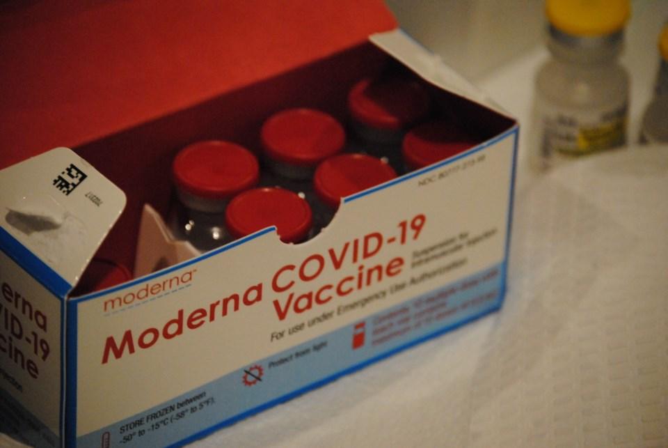 2021 07 05 Moderna Vaccination Vaccine Health Unit (Campaigne) 3