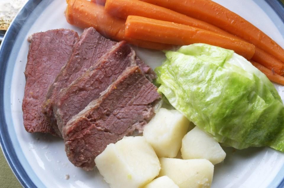 20180316 beef dinner AdobeStock_104412593