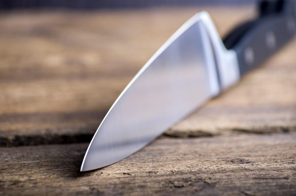 kitchen knife AdobeStock_81544675 20127