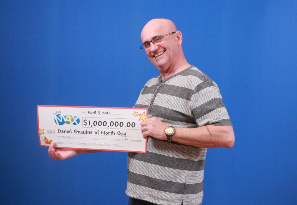 Lotto Max (Maxmillion)_Jan 27, 2017_$1,000,000.00_Daniel Beaulne of North Bay  2017