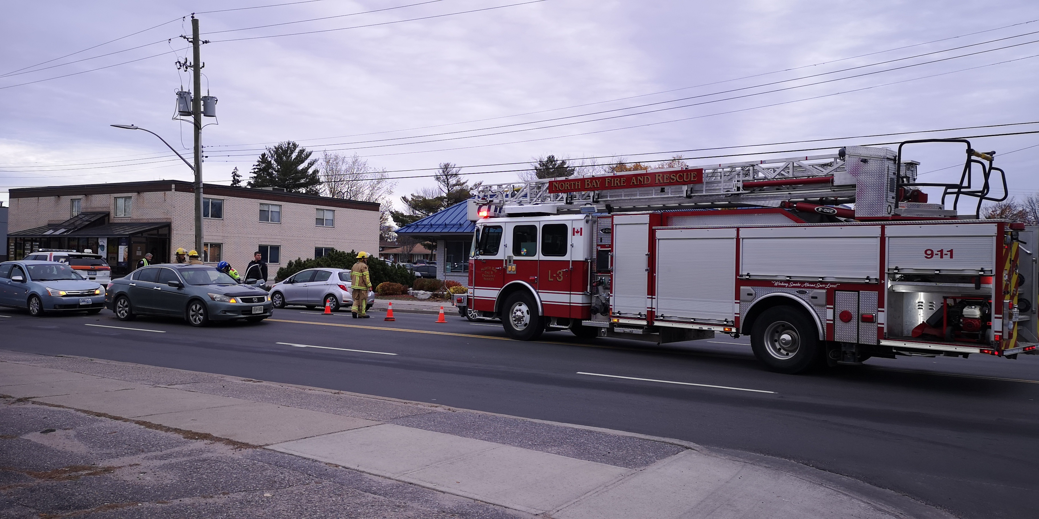 Twin accidents slow rush hour Lakeshore traffic - BayToday ca