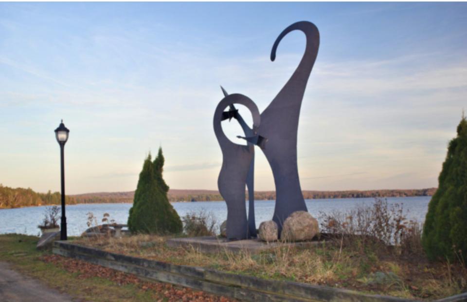 northrn-triptych-sculpture