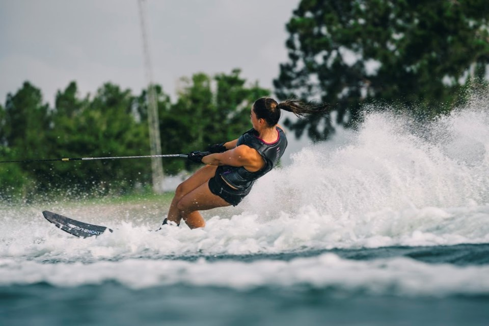 20190521 jaimee bull waterski