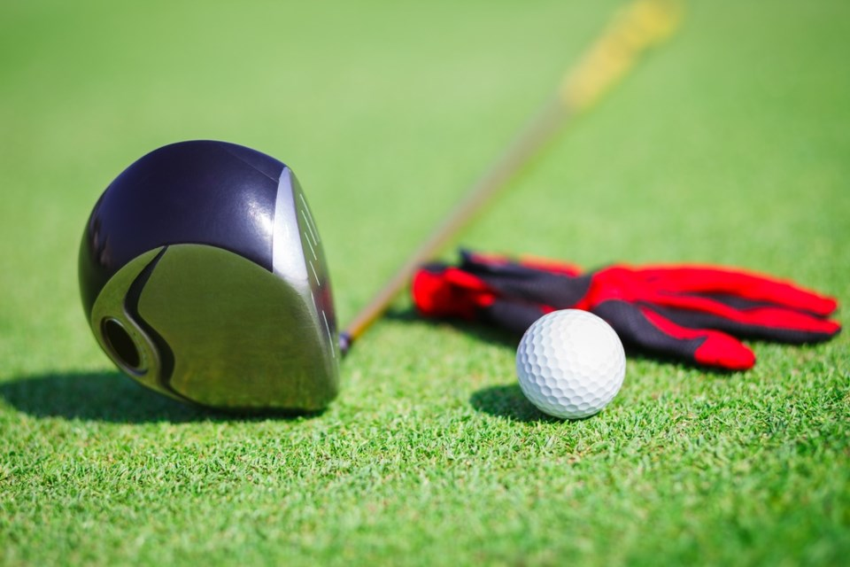 20210510 golf club ball and glove shutterstock_123684376 2016