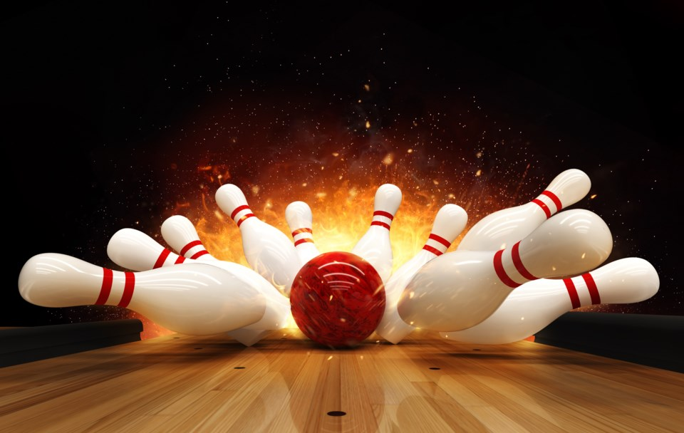 Covid Throwing Bowling Alleys A Gutter Ball Baytoday Ca
