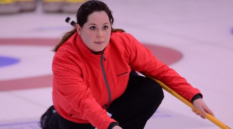 LauraJohnstoncurling