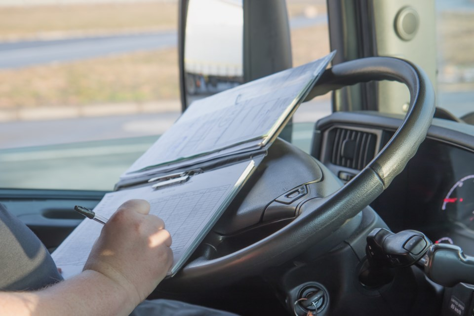 transport truck driver generic AdobeStock_80063624 2017
