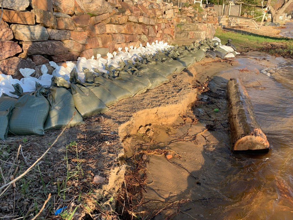 2019 flooding lake nipissing breakwater turl