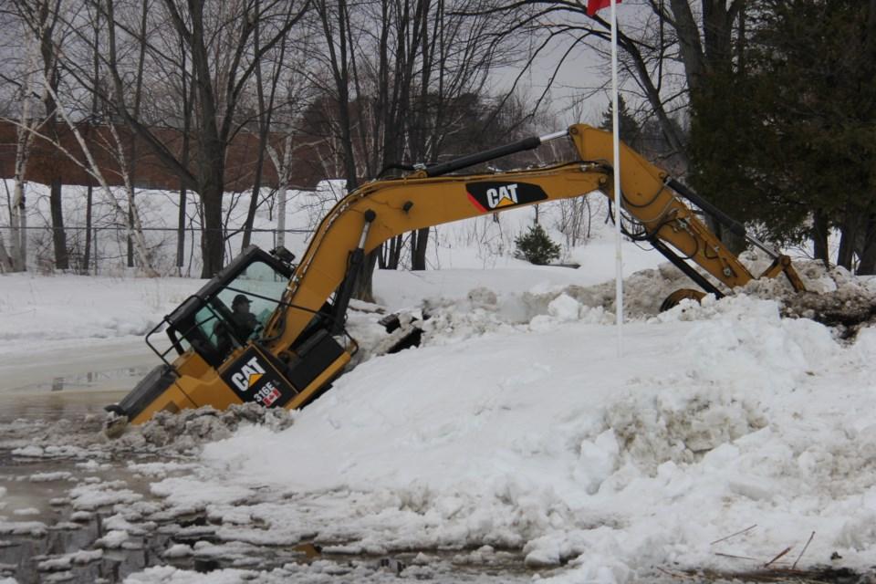 20190321 parks creek ice excavator turl