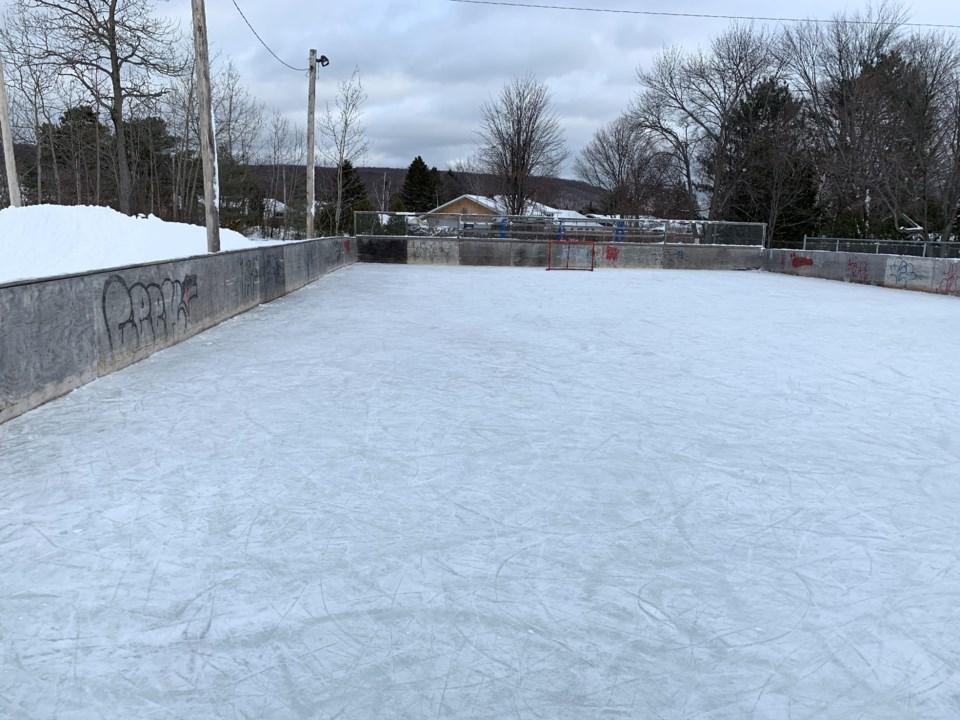 20200127 outdoor rink graniteville